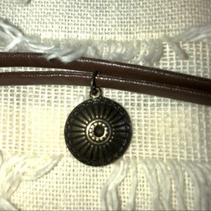 Jewelry - Brown leather choker with gold charm